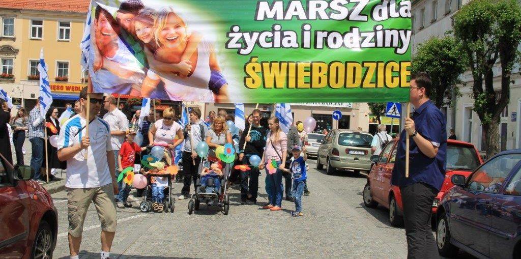 Marsz dla życia i rodziny 2016, Parafia Św. Brata Alberta Świebodzice