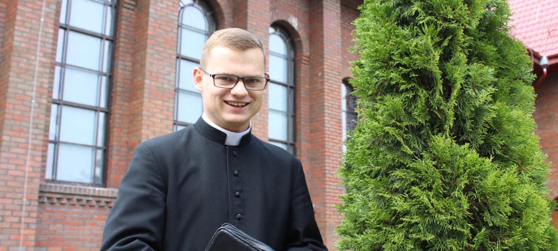 ks. Wojciech Oleksy - akolita, parafia Św. Brata Alberta Świebodzice