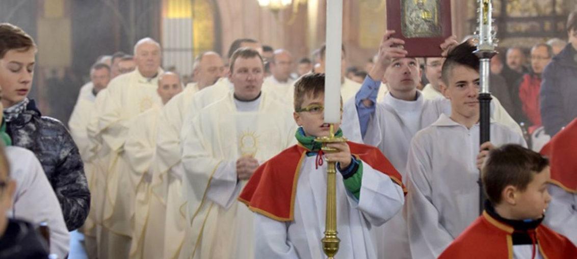Spotkanie ministrantów, Katedra Świdnica, Parafia Św. Brata Alberta Świebodzice