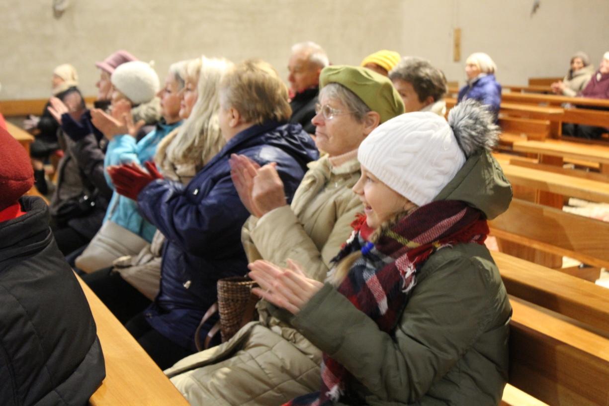 Chór parafialny, listopad 2016, parafia Św. Brata Alberta Świebodzice