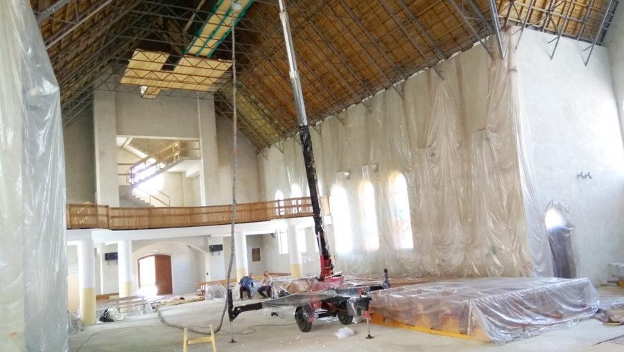 Termoizolacja dachu kościoła, par. Św. Brata Alberta w Świebodzicach