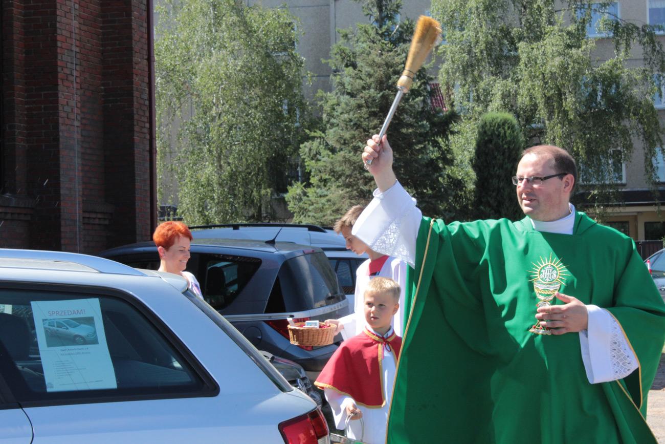 Poświęcenie pojazdów św. Krzysztof, par. Św. Brata AlbertaŚwiebodzice
