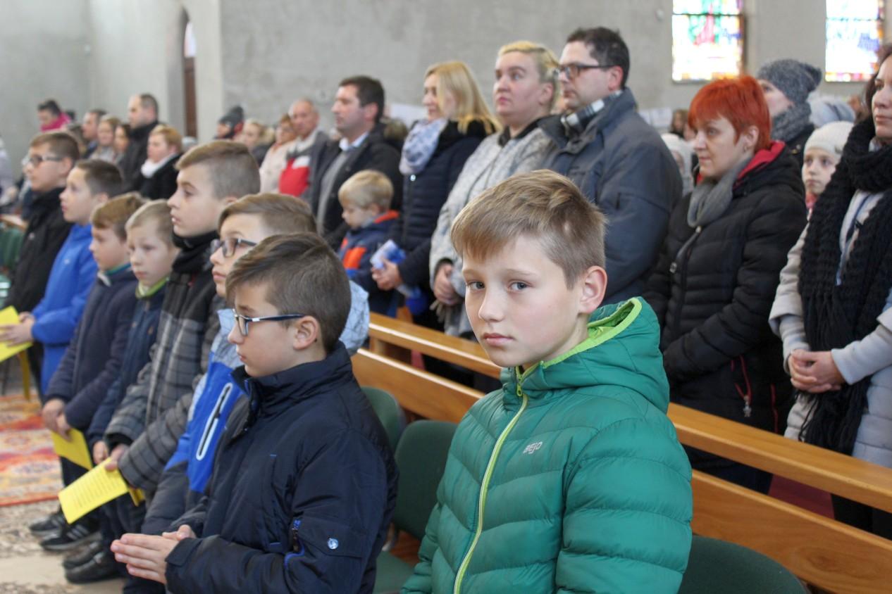 Kandydaci na ministrantów 2017, par. Św. Brata Alberta Świebodzice