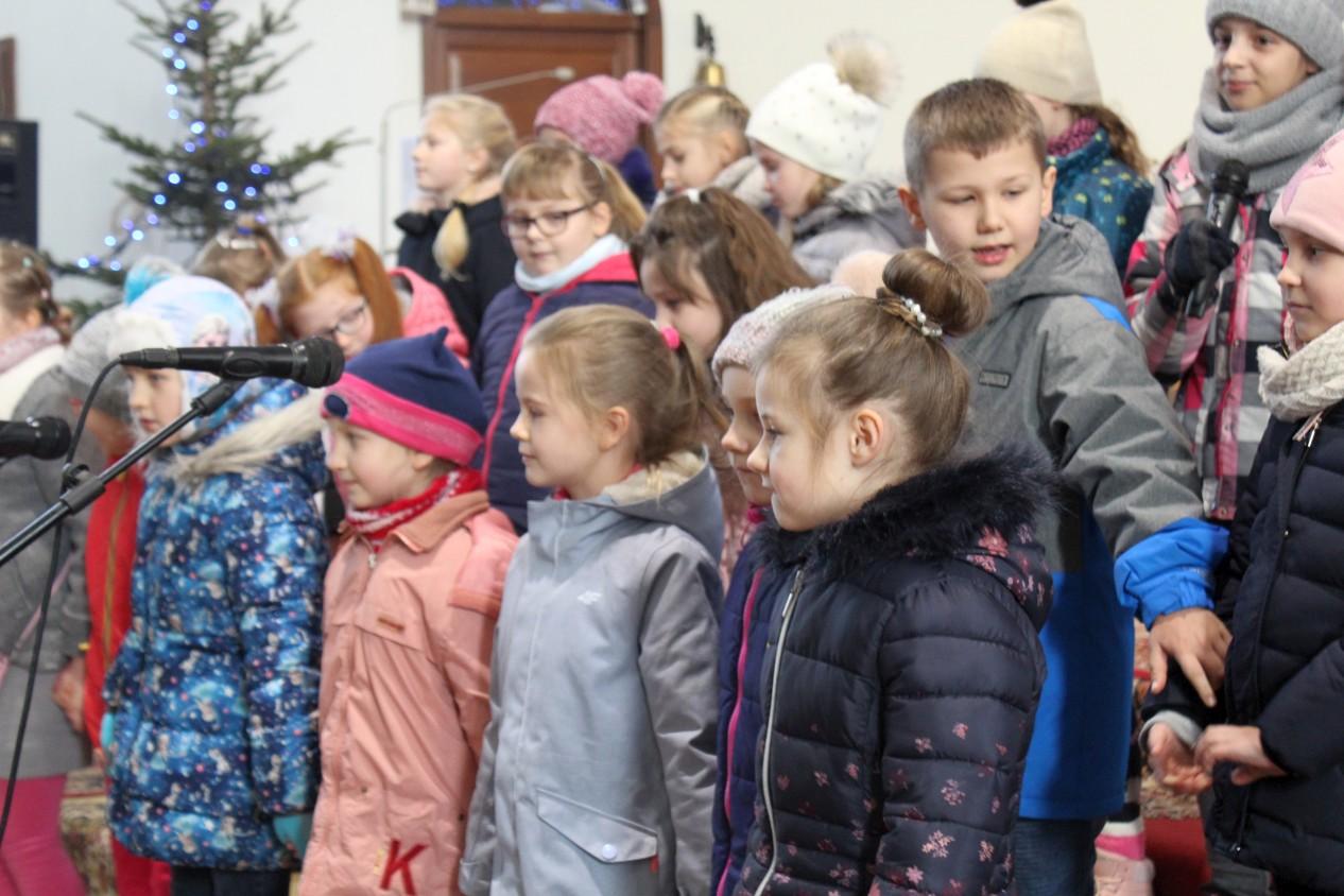 Koncert dzieci, kolędy, Słowiki, par. Św. Brata Alberta Świebodzice