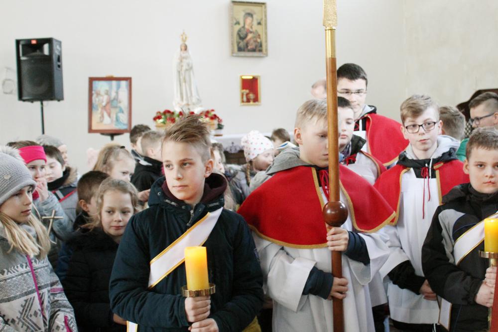 Droga krzyżowa dzieci, par. Św. Brata Alberta Świebodzice